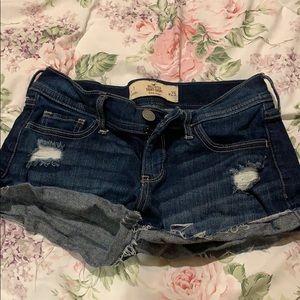 Hollister low rise short shorts jeans size w 25
